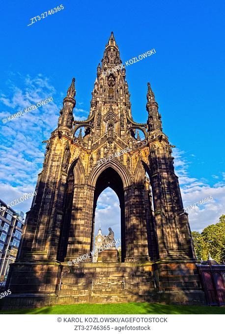 UK, Scotland, Lothian, Edinburgh, Princes Street Gardens, View of The Scott Monument.