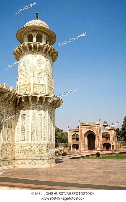 One of the four towers of the Itimad-ud-Daulah mausoleum, also known as the Baby Taj, Agra, Uttar Pradesh, India