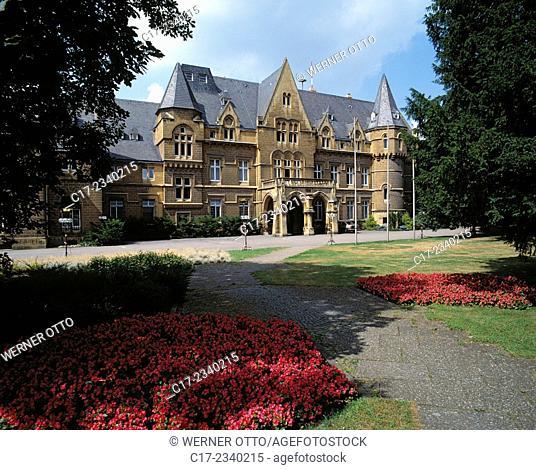 Germany. Saarbruecken, Saarbruecken-Brebach-Fechingen, Saar, Saarland, Castle Halberg, historicism, seat of the SR, Saarlaendischer Rundfunk