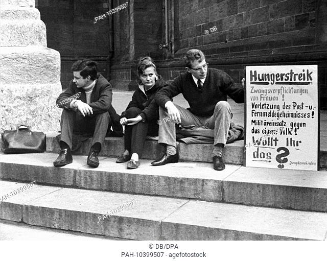 Young democratcs have been on hunger strike since the 22nd of May in 1968 to protest against the emergency laws. - Bremen/Germany