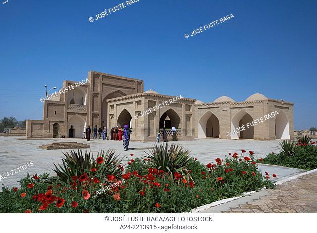 Turkmenistan , Archeological Site of Merv, Hoya Yusuf Hamadani mosque and grave yard