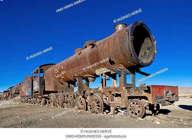 Bolivia, Potosi Department, Salar de Uyuni, Uyuni, train cimetery