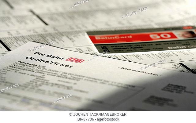 DEU, Germany : Online railway ticket. Booking over the internet, with a special discount card, Bahncard