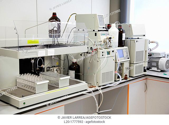 HPLC-MS High Performance Liquid Chromatography-Mass Spectrometry, Analysis Lab,Research Laboratory, R&D+i, Design and synthesis of new chemical entities with...