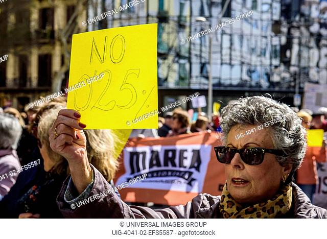 A pensioner in the demonstration for fair pensions. Pensioners and young people from all around Spain took part in a nationwide demonstration to protest the...