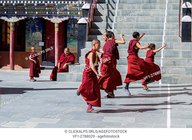Thiksey Monastery, Indus Valley, Ladakh, India, Asia. Dance lessons before the festival