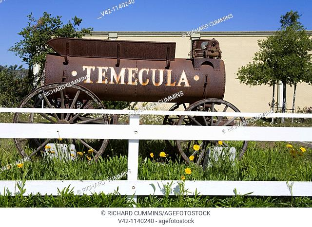 Wagon in Old Town Temecula