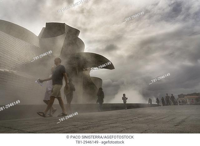 Guggenheim Museum of Art and Maman sculpture. Bilbao, Biscay, Spain, Europe