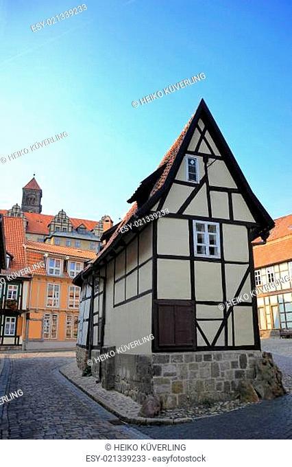 kleines freistehendes Fachwerkhaus in Quedlinburg