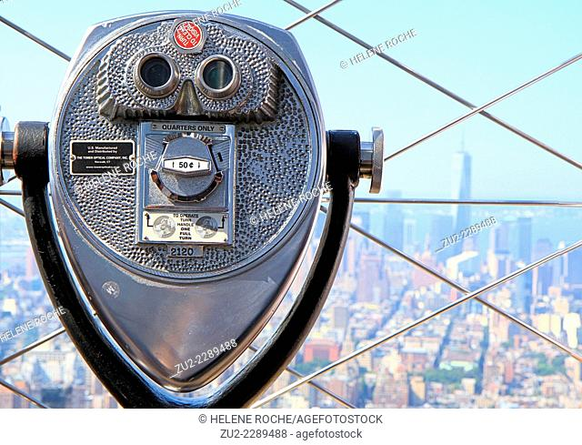 Binoculars at the top of the Empire State Building, New York City, USA