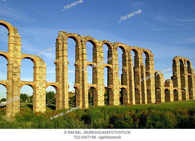 Mérida (Spain). Aqueduct of the Milagros in the city of Mérida