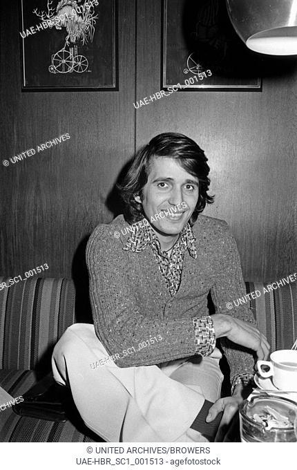Der griechische Sänger Konstantin Pascalis, Deutschland 1970er Jahre. Greek singer Konstantin Pascalis, Germany 1970s. 24x36Neg689