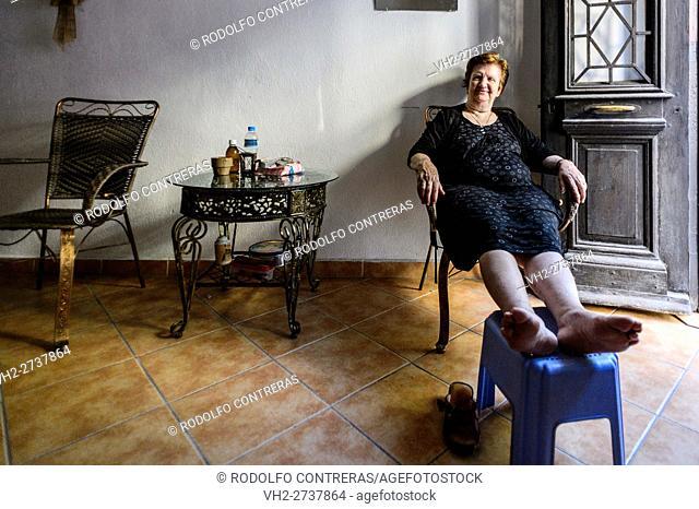 Woman at home, Gjirokastra