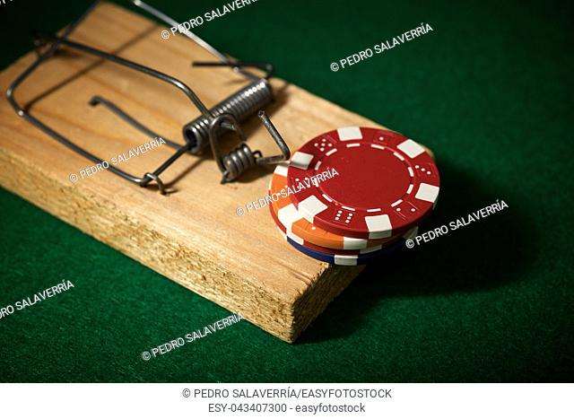 Mouse trap and gambling accessories