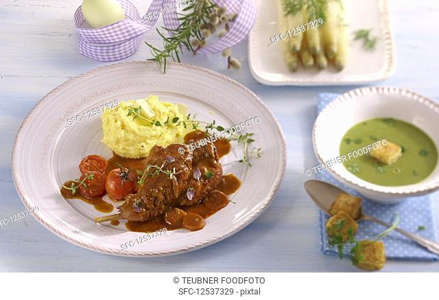 An Easter menu with chervil soup, rabbit legs with mashed potatoes and asparagus