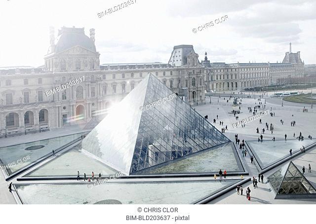 Louvre museum and courtyard, Paris, Ile de France, France