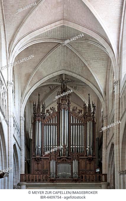 Church organ made between 1852-55, Lucon Cathedral, La Cathedrale Notre-Dame de l'Assomption, Luçon, Vendée, France