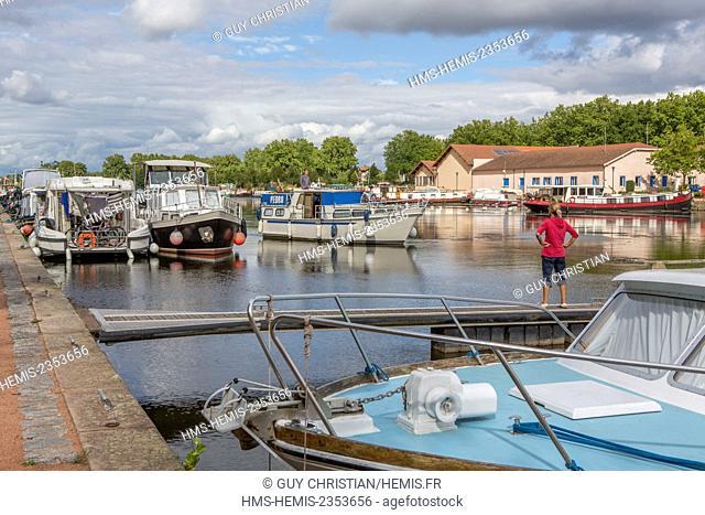 France, Loire, Roanne, marina