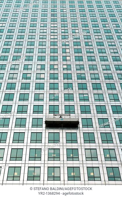 A window cleaning cradle at one canada square, Canary Wharf, London, UK