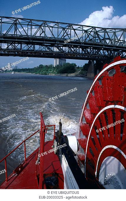 Bridge over the Mississippi River viewed from paddle steamer the Delta Queen