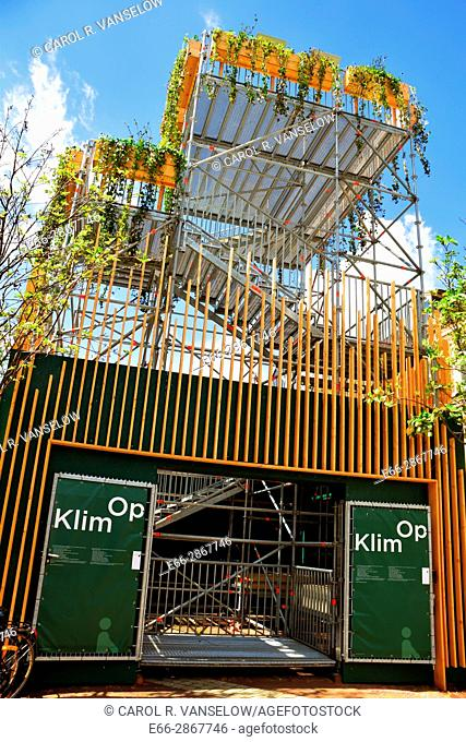 There is a lot of construction going on near the train station in Maastricht. The 'Klim Op' tower has been placed here and provides an elevated view of the...
