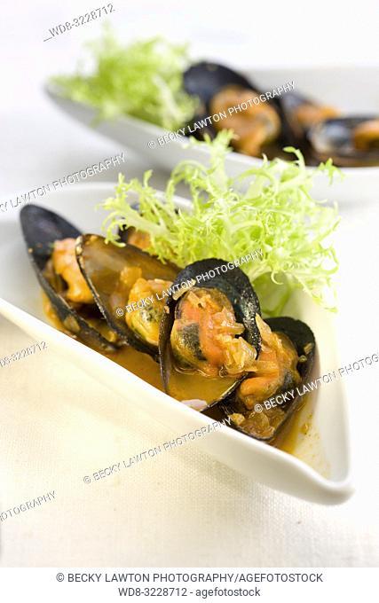 Cazuelita de mejillones en escabeche / mussels in pickle sauce