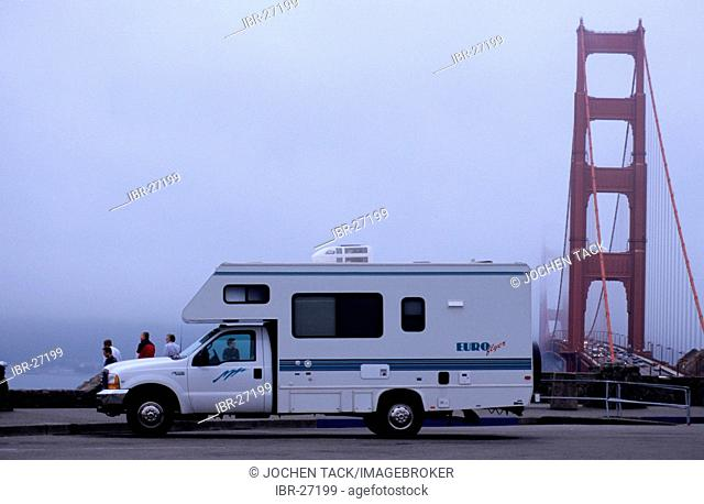 USA, United States of America, California: San Francisco, Golden Gate Bridge. Traveliing in a Motorhome, RV, through the west of the US