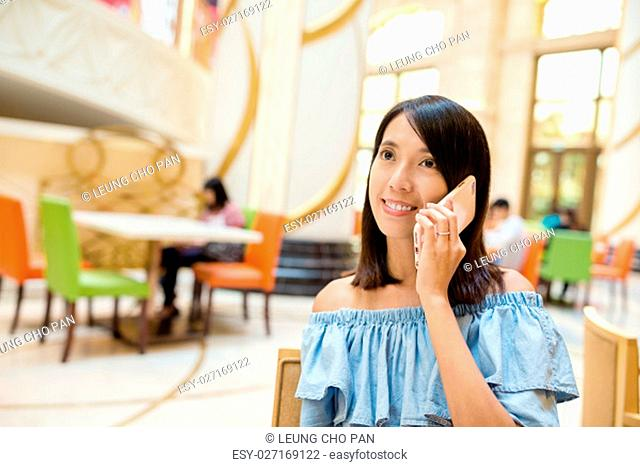 Woman talking to cellphone