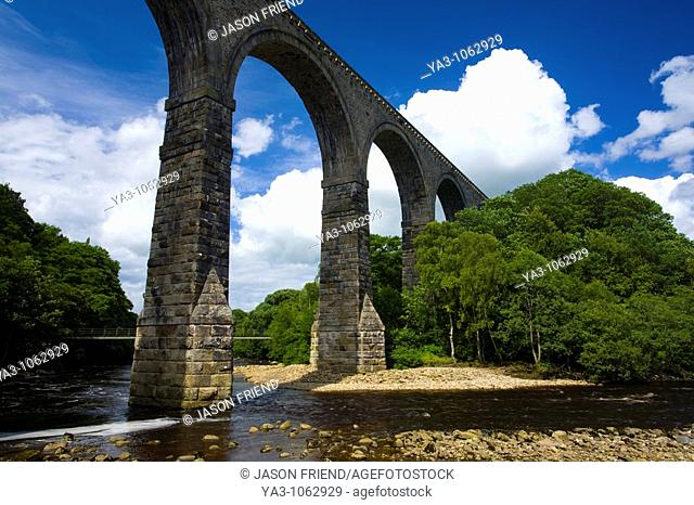 England, Northumberland, Lambley Viaduct  The Lambley Railway Viaduct, built in 1852, spanning the River South Tyne