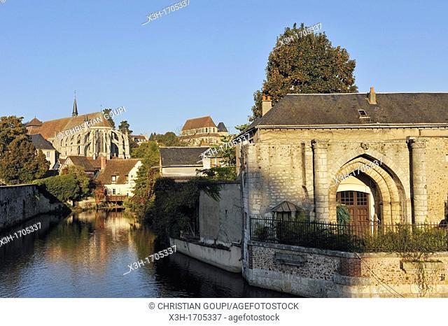 view along the Eure river with the Saint-Pierre Church background, Chartres, Eure-et-Loir department, Centre region, France, Europe