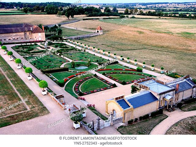 Garden 'a la francaise' (french style) and greenhouse of the castle of Digoine in Palinges, Burgundy, Saone et Loire (71)