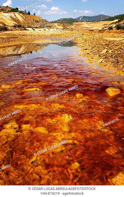 Rio Tinto river, its deep reddish hue is due to iron dissolved in the water. Huelva province, Andalusia, Spain