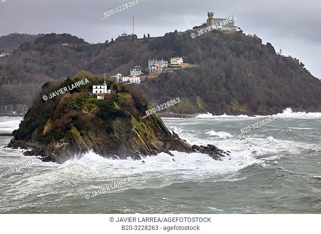 Tempest in the Cantabrian Sea, Waves and Wind, Explosive Cyclogenesis, La Concha Bay, Donostia, San Sebastian, Gipuzkoa, Basque Country, Spain, Europe