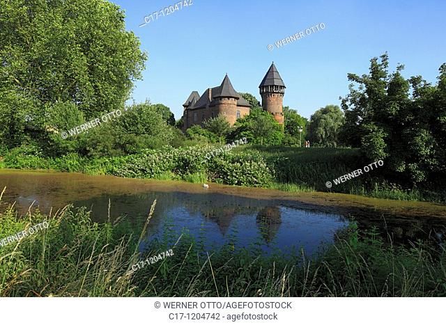 Germany, Krefeld, Rhine, Lower Rhine, North Rhine-Westphalia, Krefeld-Linn, castle Linn, moated castle, Middle Ages, Lower Rhine Museum