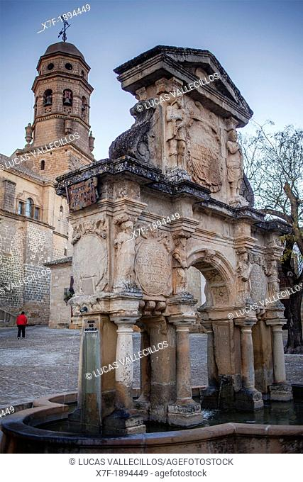 Santa Maria fountain, in Santa María's square In background bell tower of the cathedral  Baeza  Jaén province  Spain