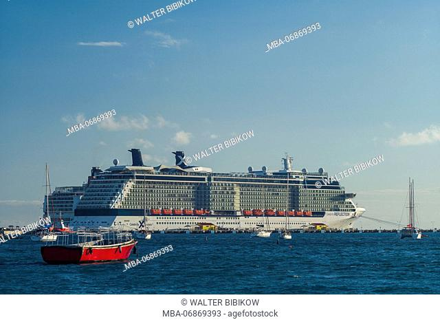 Netherlands, Sint Maarten, Philipsburg, Philipsburg Port, elevated view