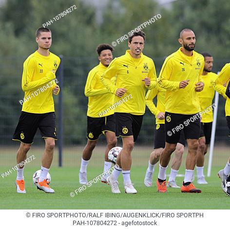 firo: 15.08.2018, football, 1.Bundesliga, season 2018/2019, BVB, Borussia Dortmund, training, WEIGL, DELANEY, TOPRAK | usage worldwide