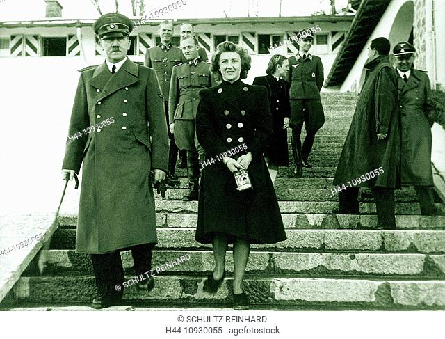 Eva Braun, Braun, Adolf Hitler, architect, Albert Speer, military, staff, Berghof, box camera, Berchtesgaden, Germany, 1940, World War II
