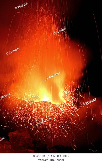 Strombolian eruption volcano Stromboli erupting