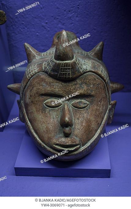 Pre-Hispanic Art Museum Rufino Tamayo, Mask sculpture, Ceramic sculpture of late preclassical period of Colima, 1250 BC - 200 AD, Oaxaca, Mexico
