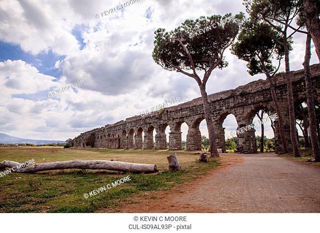 Ancient aqueduct, Parco degli Acquedotti, Rome, Italy