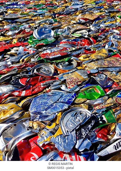 Crushed and compressed aluminium cans, for recycling