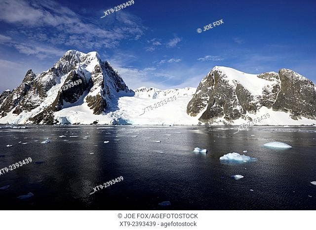 large glacier on the kiev peninsula continental Antarctica
