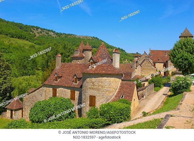Autoire, labelled Les Plus Beaux Villages de France, The Most Beautiful Villages of France, Midi-Pyrenees Region, Lot Department, France, Europe