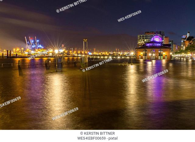 Germany, Hamburg, Altona, High water at fish market hall