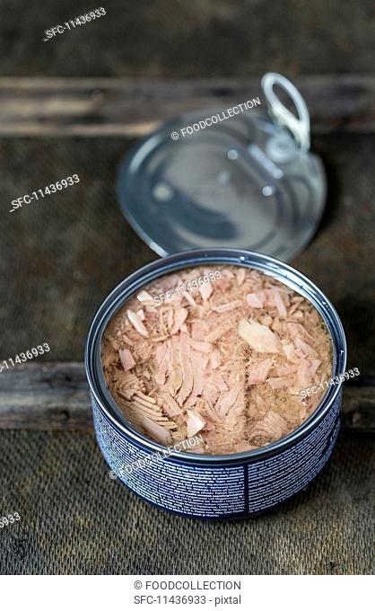 An open tin of tuna fish
