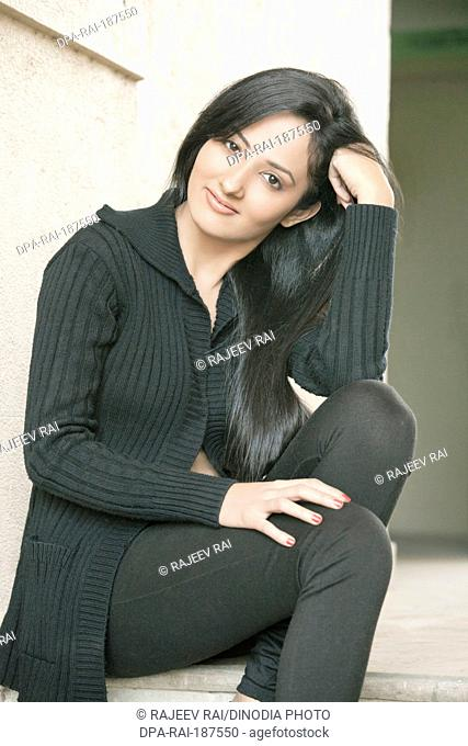 girl sitting MR#790