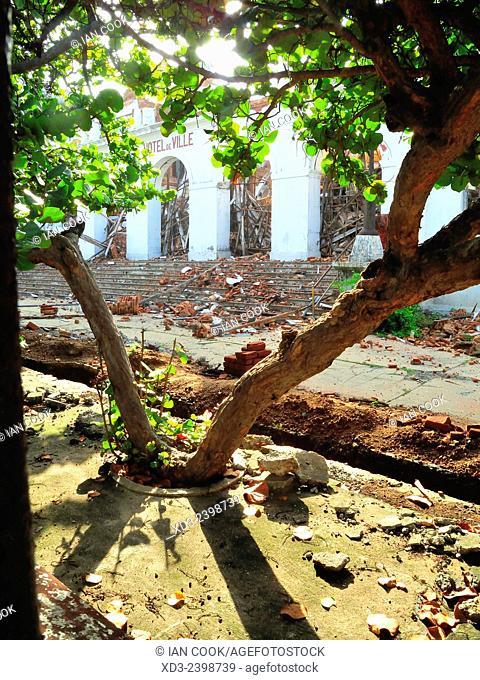 Hotel de Ville or City Hall being demolished, Goubert Avenue or Beach Road, Pondicherry (Puducherry), India