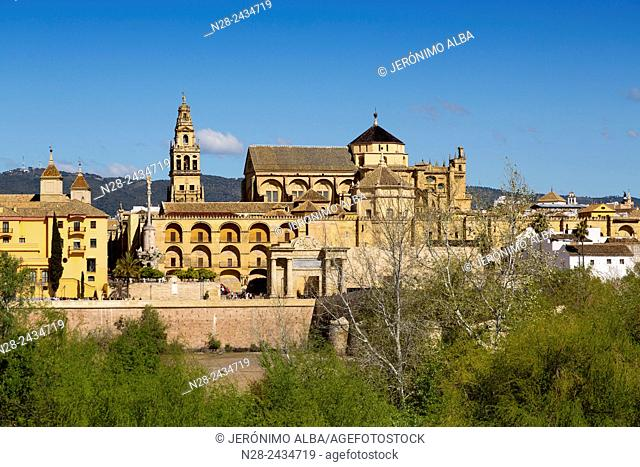Guadalquivir river and Mosque-Cathedral, Cordoba, Andalusia, Spain