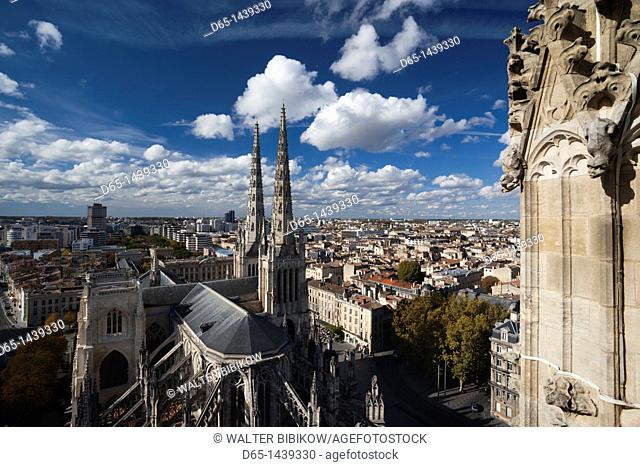 France, Aquitaine Region, Gironde Department, Bordeaux, overview of Cathedrale St-Andre cathedral from Tour Pey-Berland tower